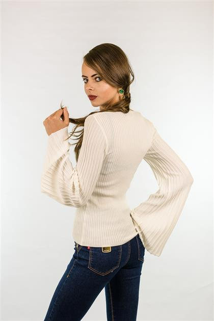 Blusa corpo canelado decote em v com manga sino plissada  1227