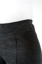 Calça reta em lã acrílica com friso 5084