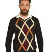 Blusão masculino com frente em desenho de losangos com quatro cores 6104