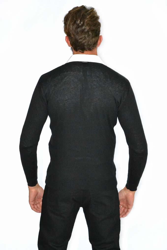Blusão decote em V com desenho de losango nas laterais da frente 6107