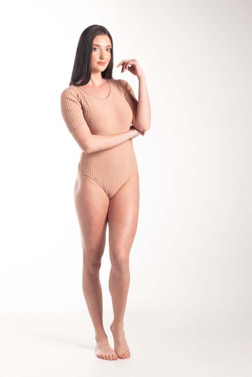 Body tricot manga curta com canelados 1286